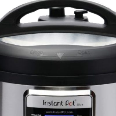 Top of a 6 quart Ultra for comparing the Instant Pot Duo Nova vs Ultra
